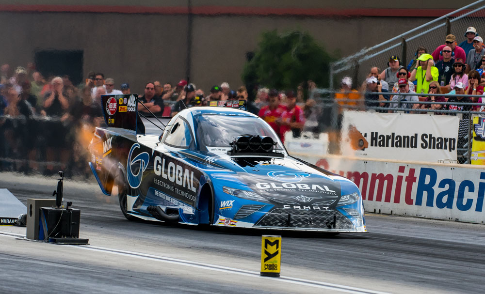 Shawn Langdon continued his freshman season behind the wheel of a Funny Car, advancing to round two.