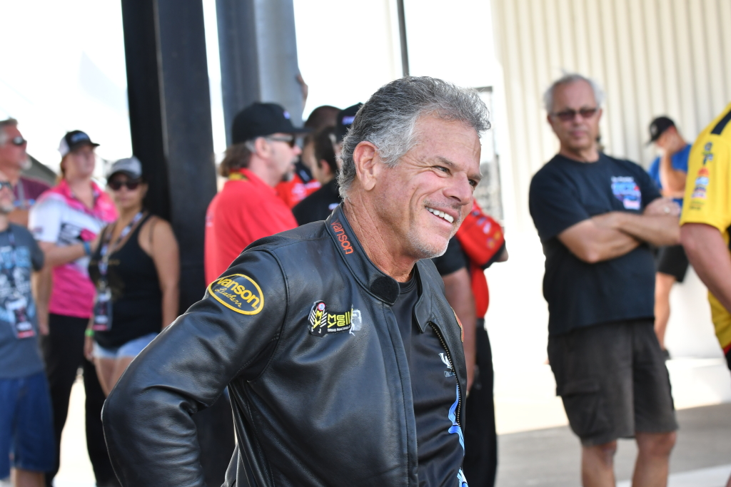Jerry Savoie preps for another pass on his 200 mph Suzuki