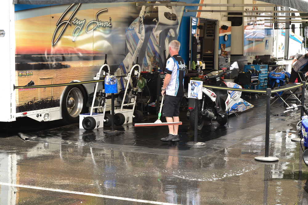 Rain washed out part of qualifying at the 2018 Summit Racing Equipment NHRA Nationals before giving way to good racing conditions on Sunday